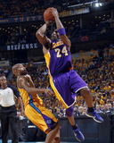 Los Angeles Lakers v New Orleans Hornets, New Orleans, LA - APRIL 22: Kobe Bryant and Jarrett Jack Photographic Print by Layne Murdoch