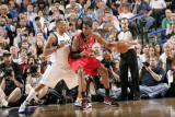 Portland Trail Blazers v Dallas Mavericks - Game One, Dallas, TX - APRIL 16: LaMarcus Aldridge and  Lámina fotográfica por Glenn James