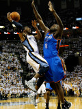 Oklahoma City Thunder v Memphis Grizzlies - Game Six, Memphis, TN - MAY 13: Nazr Mohammed and Mike  Photographic Print by Kevin Cox