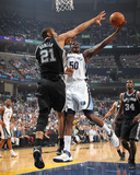 San Antonio Spurs v Memphis Grizzlies - Game Six, Memphis, TN - APRIL 29: Zach Randolph and Tim Dun Photographic Print by Joe Murphy