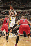 Chicago Bulls v Indiana Pacers - Game Three, Indianapolis, IN - APRIL 21: Danny Granger and Keith B Photographic Print by Ron Hoskins