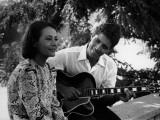 Sacha Distel and Annie Girardot: La Bonne Soupe, 1963 Fotografiskt tryck av Marcel Dole