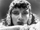 Annabella: La Bandera, 1935 Valokuvavedos