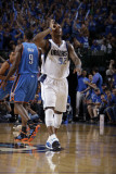 Oklahoma City Thunder v Dallas Mavericks - Game Two, Dallas, TX - MAY 19: DeShawn Stevenson Photographic Print by Danny Bollinger