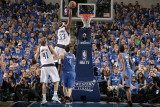 Oklahoma City Thunder v Dallas Mavericks - Game Two, Dallas, TX - MAY 19: Brendan Haywood and Nick  Photographic Print by Glenn James