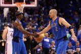 Dallas Mavericks v Oklahoma City Thunder - Game Three, Oklahoma City, OK - MAY 21 Photographic Print by Christian Petersen