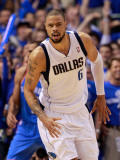 Oklahoma City Thunder v Dallas Mavericks - Game Two, Dallas, TX - MAY 19: Tyson Chandler Photographic Print by Tom Pennington