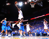 Dallas Mavericks v Oklahoma City Thunder - Game Four, Oklahoma City, OK - MAY 23: Kevin Durant Fotografie-Druck von Ronald Martinez