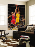 Chicago Bulls v Los Angeles Lakers: Kobe Bryant and Keith Bogans Wall Mural by Andrew Bernstein