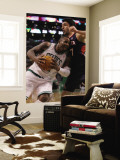Atlanta Hawks v Boston Celtics: Glen Davis Zaza Pachulia Reproduction murale géante par Elsa Unknown