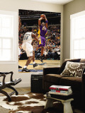 Los Angeles Lakers v Washington Wizards: Kobe Bryant and Al Thornton Wall Mural by Andrew Bernstein