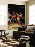 Los Angeles Lakers v Washington Wizards: Shannon Brown and Gilbert Arenas Wall Mural by Ned Dishman