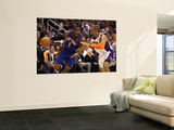New York Knicks v Phoenix Suns, Phoenix - January 07: Amar'e Stoudemire and Grant Hill Wall Mural by Christian Petersen