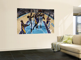 Los Angeles Lakers v New Orleans Hornets - Game Four, New Orleans, LA - April 24: Kobe Bryant, Carl Wall Mural