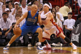 Dallas Mavericks v Miami Heat - Game One, Miami, FL - MAY 31: Jason Kidd and Mike Bibby Photographic Print by Mike Ehrmann
