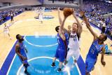 Oklahoma City Thunder v Dallas Mavericks - Game Five, Dallas, TX - MAY 25: Dirk Nowitzki, Nick Coll Photographic Print by Ronald Martinez