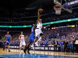 Oklahoma City Thunder v Dallas Mavericks - Game Five, Dallas, TX - MAY 25: Shawn Marion and Kevin D Photographic Print by Tom Pennington