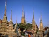 Wat Pho / Chedis / Monk, Bangkok, Thailand Photographic Print by Steve Vidler