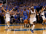 Oklahoma City Thunder v Dallas Mavericks - Game Five, Dallas, TX - MAY 25: Jason Terry and Jose Jua Photographic Print by Tom Pennington