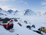 Tasiilaq, Greenland, Winter Reproduction photographique par Peter Adams