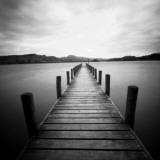 Einsamer Steg Fotodruck von Craig Roberts
