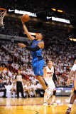 Dallas Mavericks v Miami Heat - Game Two, Miami, FL - JUNE 2: Shawn Marion Lámina fotográfica por Garrett Ellwood