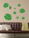 Green Tropical Leaves with Frogs Muursticker