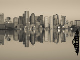 Reflection of Buildings in Water, Boston, Massachusetts, USA Photographie