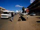 Traffic on the Road, Lilongwe, Malawi Fotografisk tryk