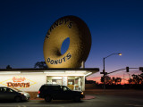 Donut's Shop at Dawn, Randy's Donuts, Inglewood, Los Angeles County, California, USA Photographic Print