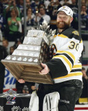Boston Bruins - Tim Thomas w/ Conn Smythe Trophy Photo