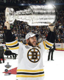 Boston Bruins - Mark Recchi w/ Stanley Cup Photo