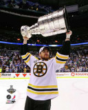 Boston Bruins - Daniel Paille w/ Stanley Cup Photo