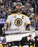 Boston Bruins - Zdeno Chara w/ Stanley Cup Photo