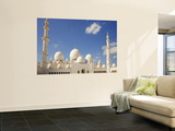 Exterior of Sheikh Zayed Bin Sultan Al Nahyan Mosque (Also known as Sheikh Zayed Grand Mosque) Vægplakat i topklasse af Rogers Gaess