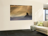 Candlestick Rock with Light Filtering Through Clouds Viewed from Near Murphy Point Mural por Ruth Eastham & Max Paoli