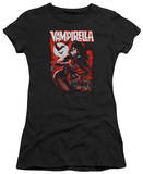 Juniors: Vampirella - Taking the Town T-shirts
