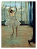 Dancer in Front of a Window Kunst von Edgar Degas