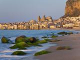 Beach at Sunset, Cefalu, North Coast, Sicily Fotografie-Druck von Peter Adams