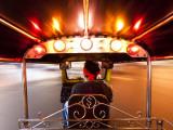 Tuk Tuk or Auto Rickshaw in Motion at Night, Bangkok, Thailand Reprodukcja zdjęcia autor Gavin Hellier