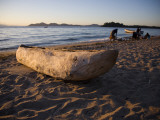 Malawi, Monkey Bay; an Old Dug-Out Canoe Pulled Up on to the Beach of Lake Malawi Fotografie-Druck von Niels Van Gijn