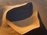 Aerial View over Sand Dunes, Namib Desert, Namibia Fotografie-Druck von Peter Adams