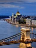 Michele Falzone - Hungary, Budapest, Parliament Buildings, Chain Bridge and River Danube Fotografická reprodukce