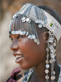 A Maasai Girl from the Kisongo Clan Wearing an Attractive Beaded Headband Lámina fotográfica por Nigel Pavitt