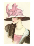 Large Hat with Pink Bow Print