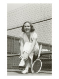 Woman Tennis Player Adjusting Stocking Affiche