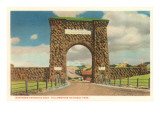 Northern Entrance Arch, Yellowstone National Park Print