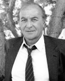 Robert Loggia Photo