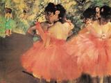 Ballerina in rood Posters van Edgar Degas