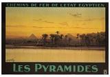 Les Pyramides Plakater af M. Tamplough
